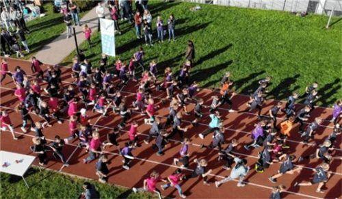 """Über 800 Schüler und Lehrer starteten in die """"Schulrunde"""""""