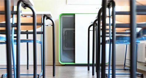 Wasserburger Eltern hoffen auf die baldige Anschaffung von Luftreinigern in Klassenräumen.Foto DPA/ Uli Deck